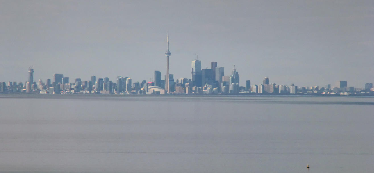 Toronto from Grimsby by vmulligan