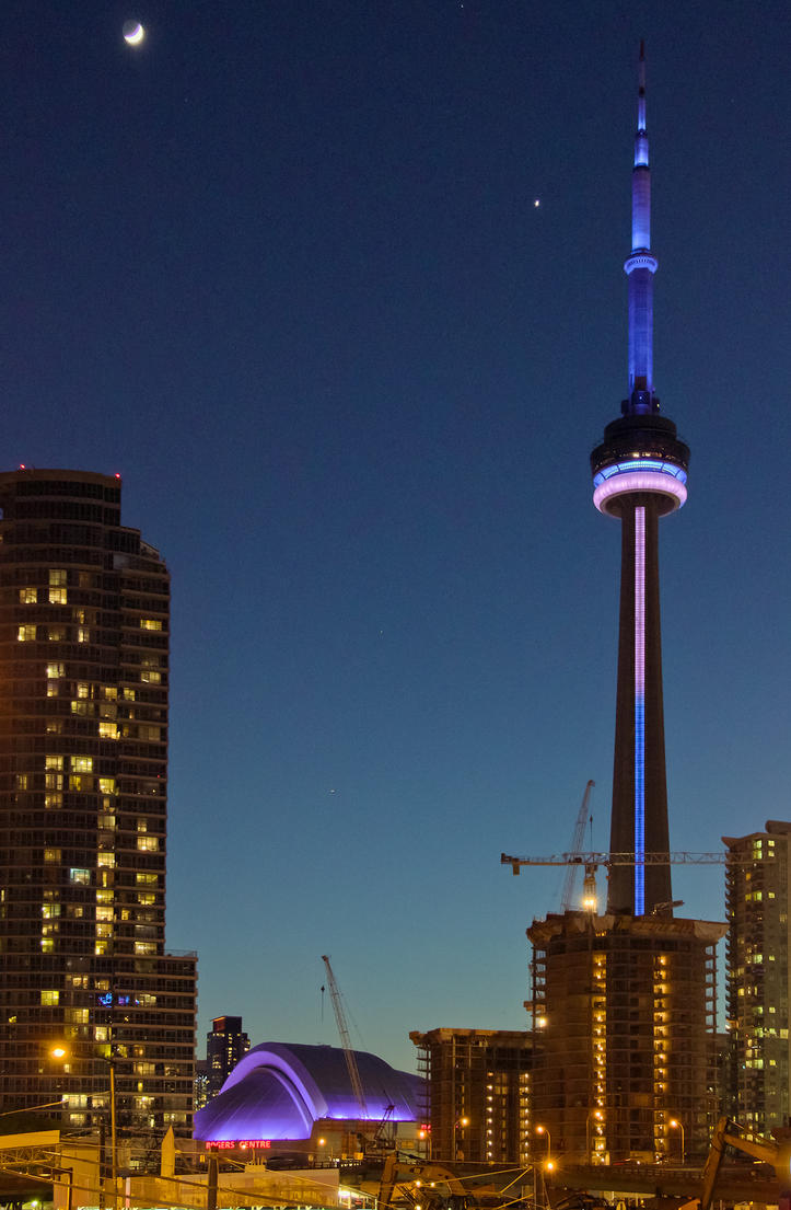 Toronto Skyline #2 by vmulligan