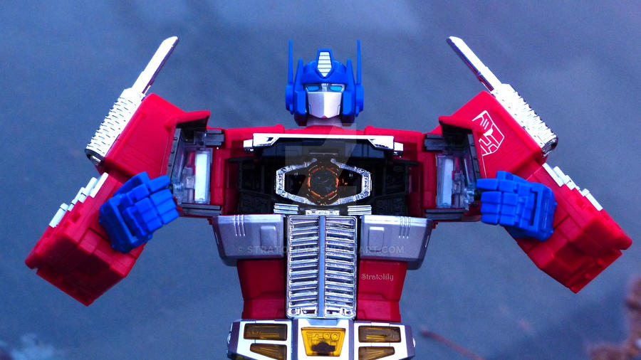 Masterpiece Optimus Prime (MP10 mold) by Stratolily
