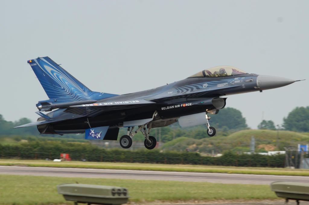 Belgium F16 by hanimal60