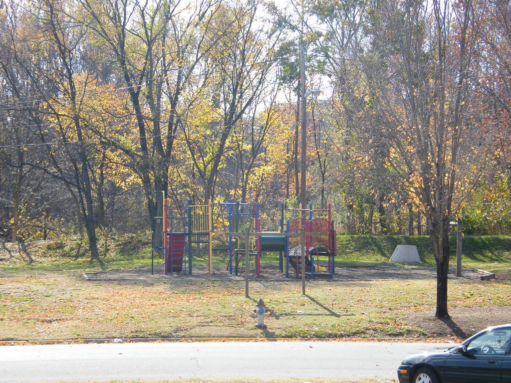 Playground by neuroticneko