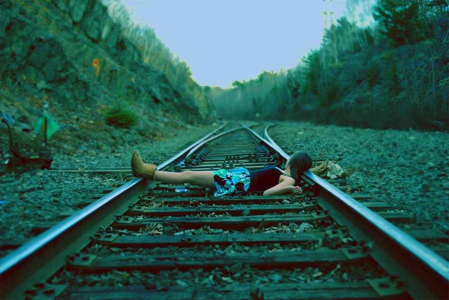 train tracks by ipodrocker