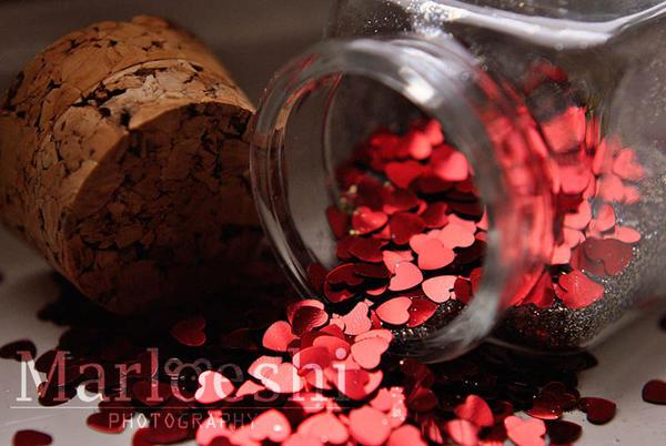 Jar of hearts by Marloeshi