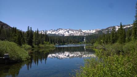 A lake in the Sierras