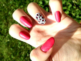 Matte effect nails