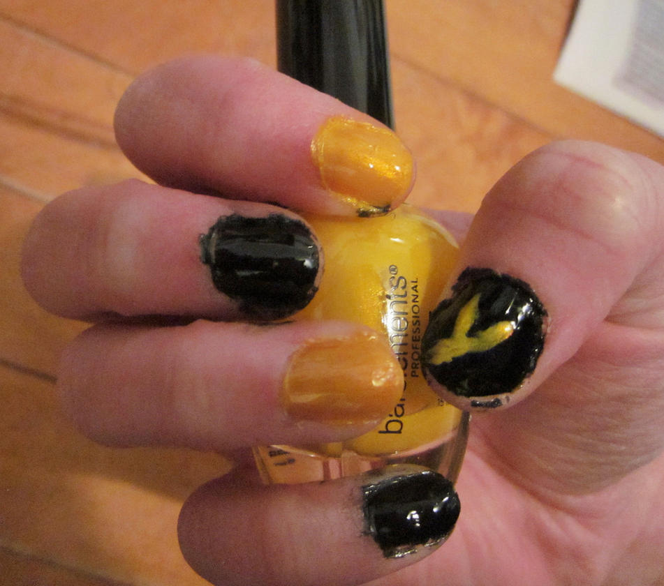 Rwby Bumblebee Nail Artyang By Tay Bear On Deviantart