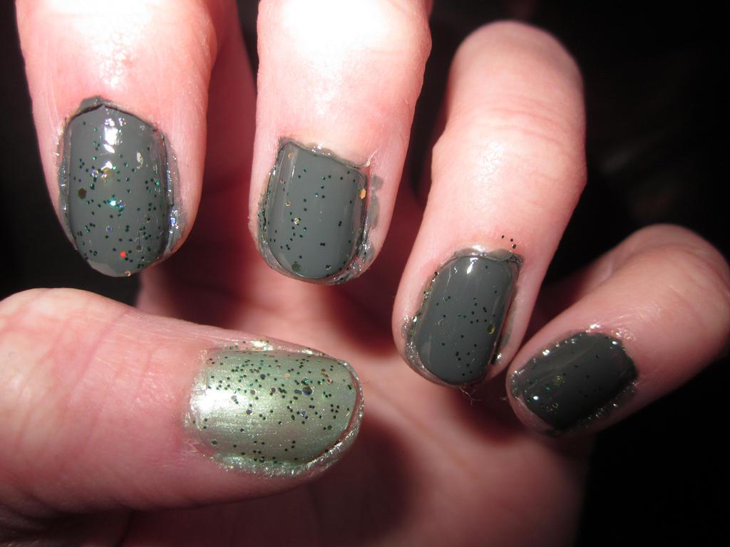 Elvish Inspired Nail Art by tay-bear