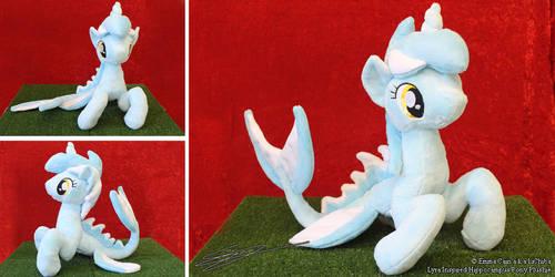 Lyra Inspired Hippocampus Plushie by LiChiba