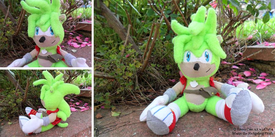 Manic the Hedgehog Plushie