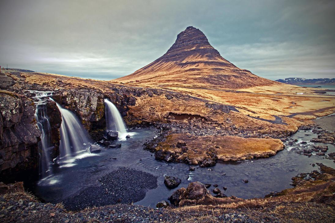 Just another Kirkjufellsfoss by piro23