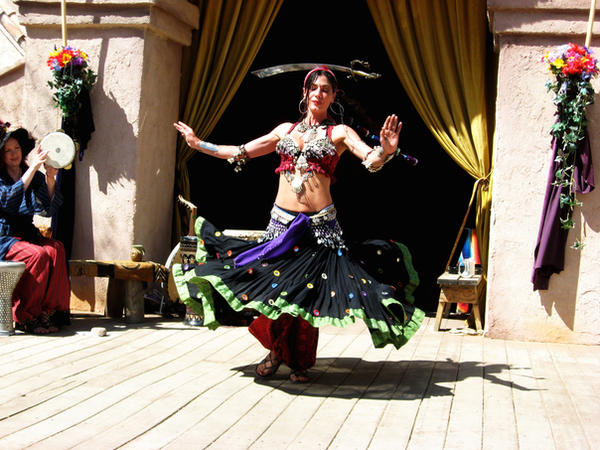 Belly dancer by rguitar818