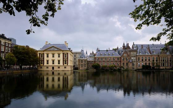 Binnenhof and Hofvijver (2020)