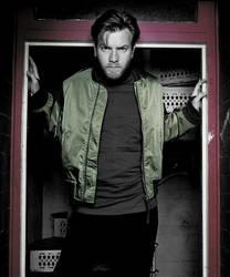 Ewan McGregor c.s. door by grillchen9972