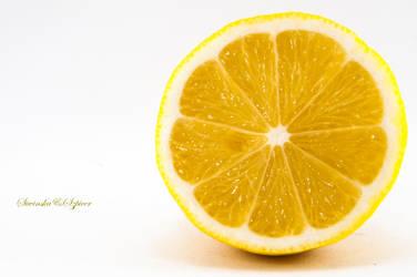 Lemon by PhotoMarathon
