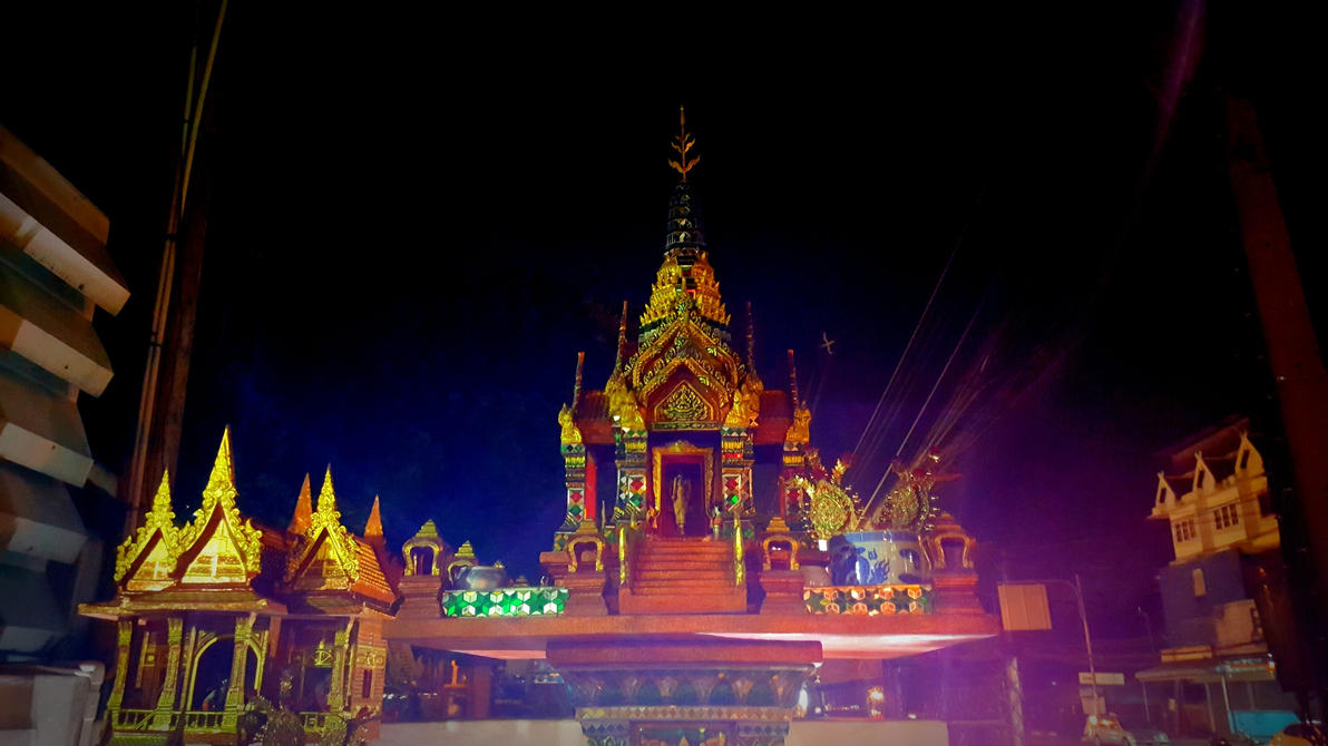 Chiang Mai's Temples! by unwicked