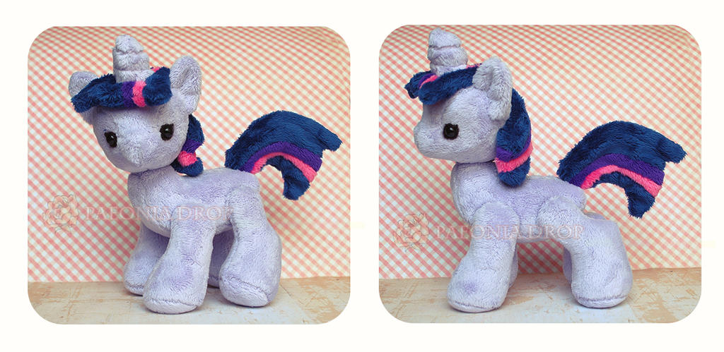 Vintage Twilight by ShadowedPorcelain