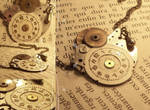 Device Necklace
