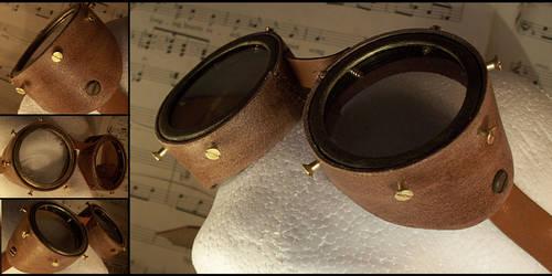 Leather Steampunk Goggles by hrekkjavakaastarkort