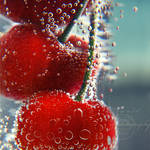 sweet cherries by Orwald
