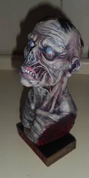 Zombie bust color