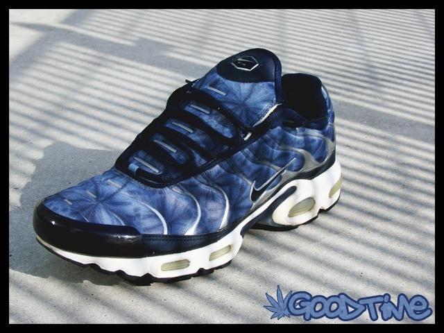 finest selection 942d7 56e9e Nike Air Max Tn Eastbay