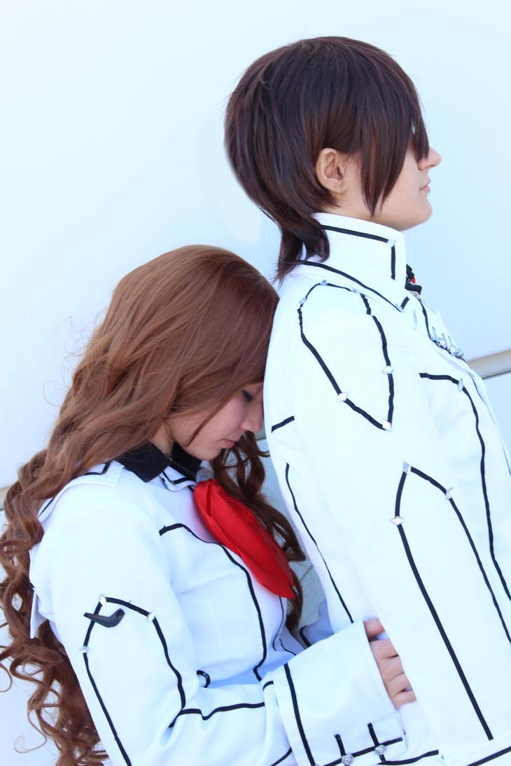 Don't go, Kaname nii-sama! _Yuki x Kaname VK by OwiCosplay