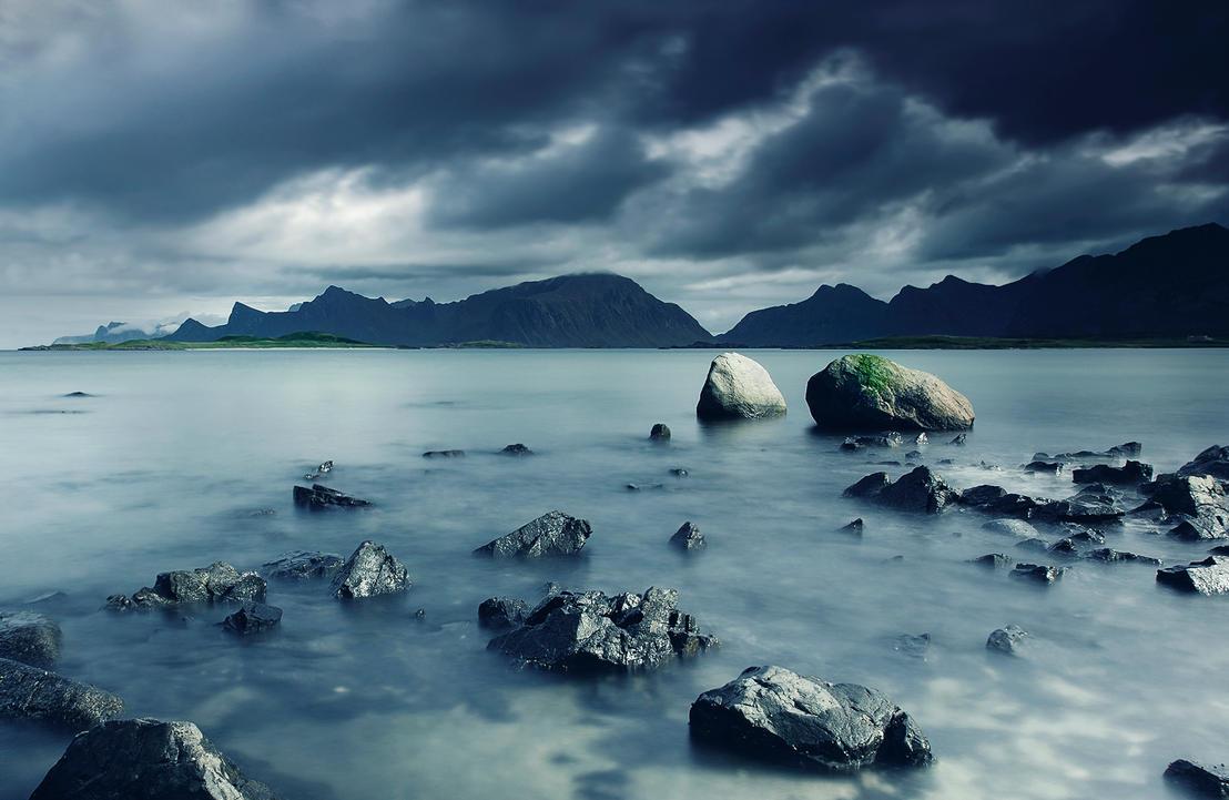 Landscape in Lofoten by frestro79