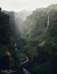 The secret canyon by streamweb