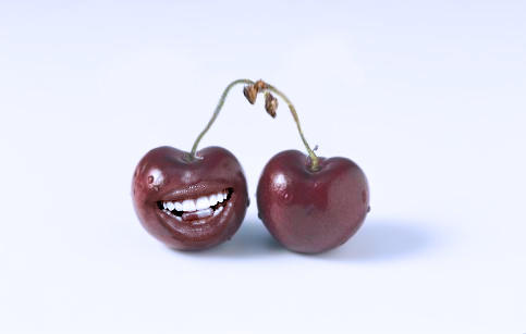 Cherry mouth by deionk
