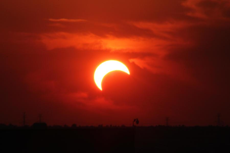 Eclipse 03 by phrostie