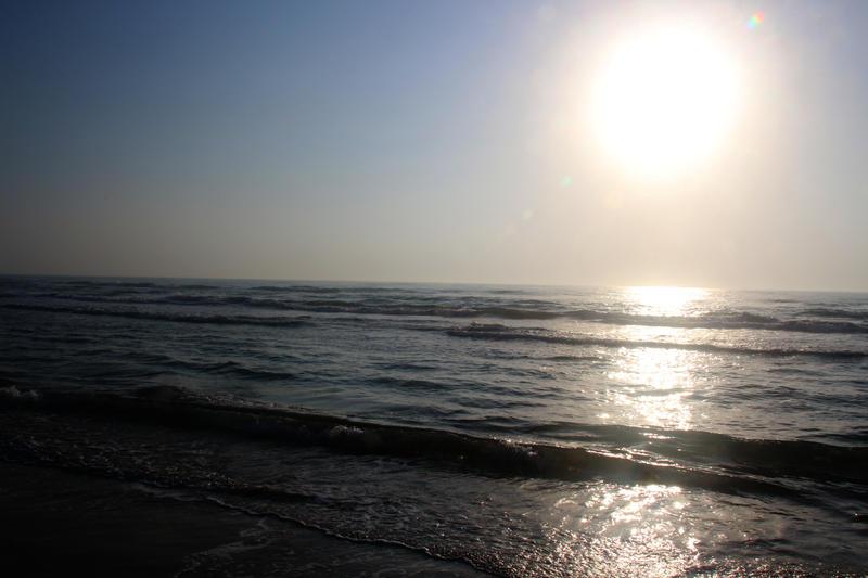 Sunrise by phrostie