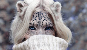 Snow Leopard by AshesOnWool