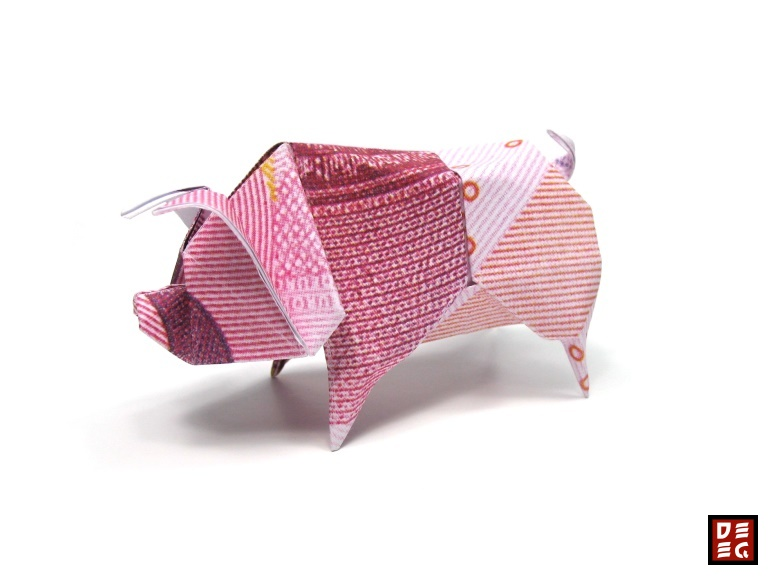 Origami Piggy by Origamikuenstler