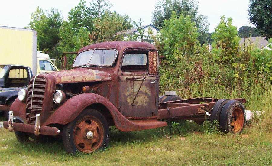 Rusty Truck by Highway by Crystal-Marine on DeviantArt
