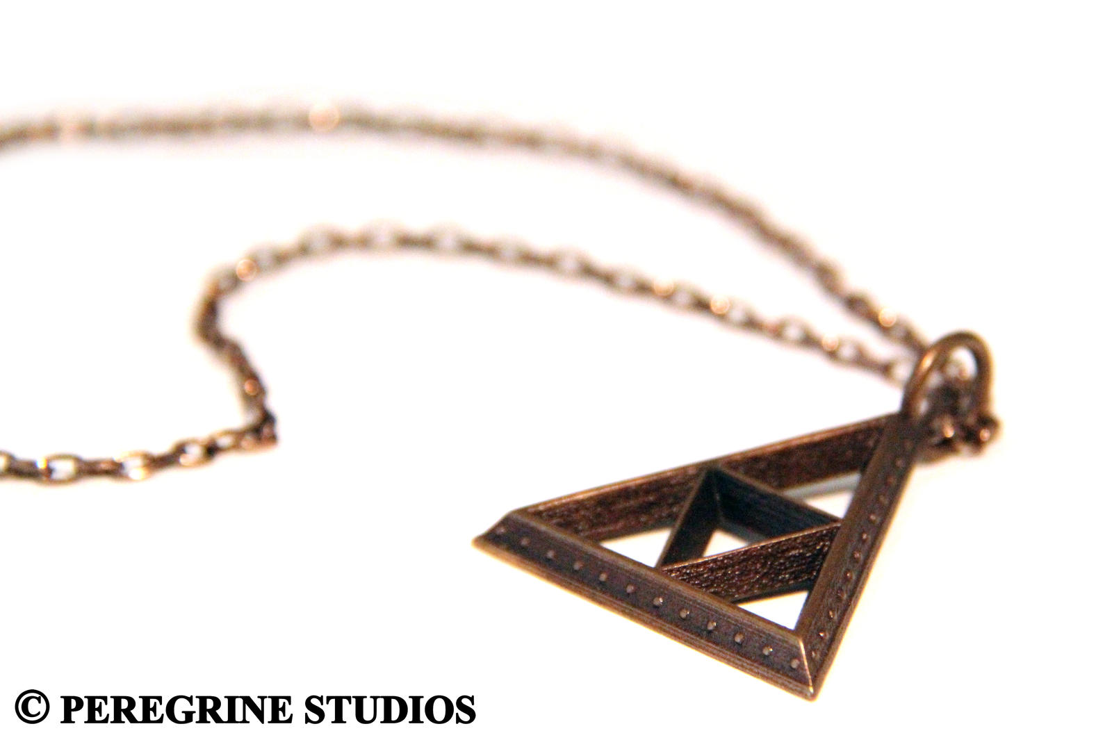 TriForce Pendant Bumped (OLD MODEL) by PeregrineStudios