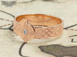 Rose Gold Ring of Mara set with Aquamarine