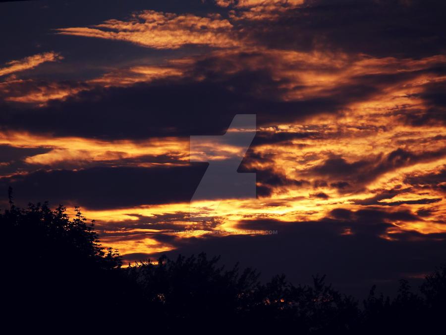 Sky. by VLPhotography