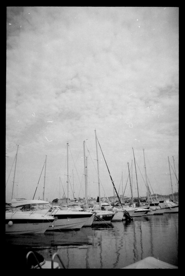 Harbour by mynamehasbeenstolen