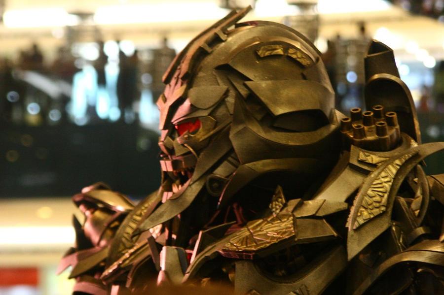 Megatron Closeup by destinyarchon