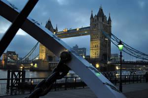 London Bridge Sundial by antbaker