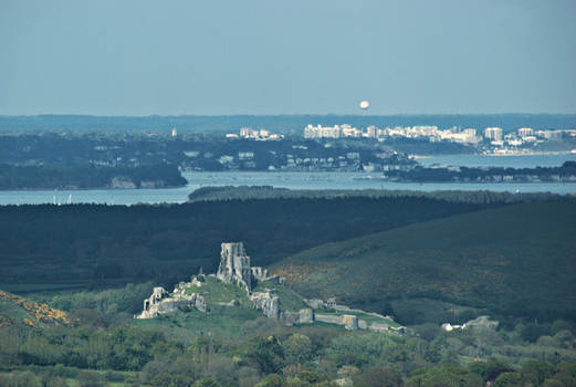 Corfe Castle with Bournemouth Balloon
