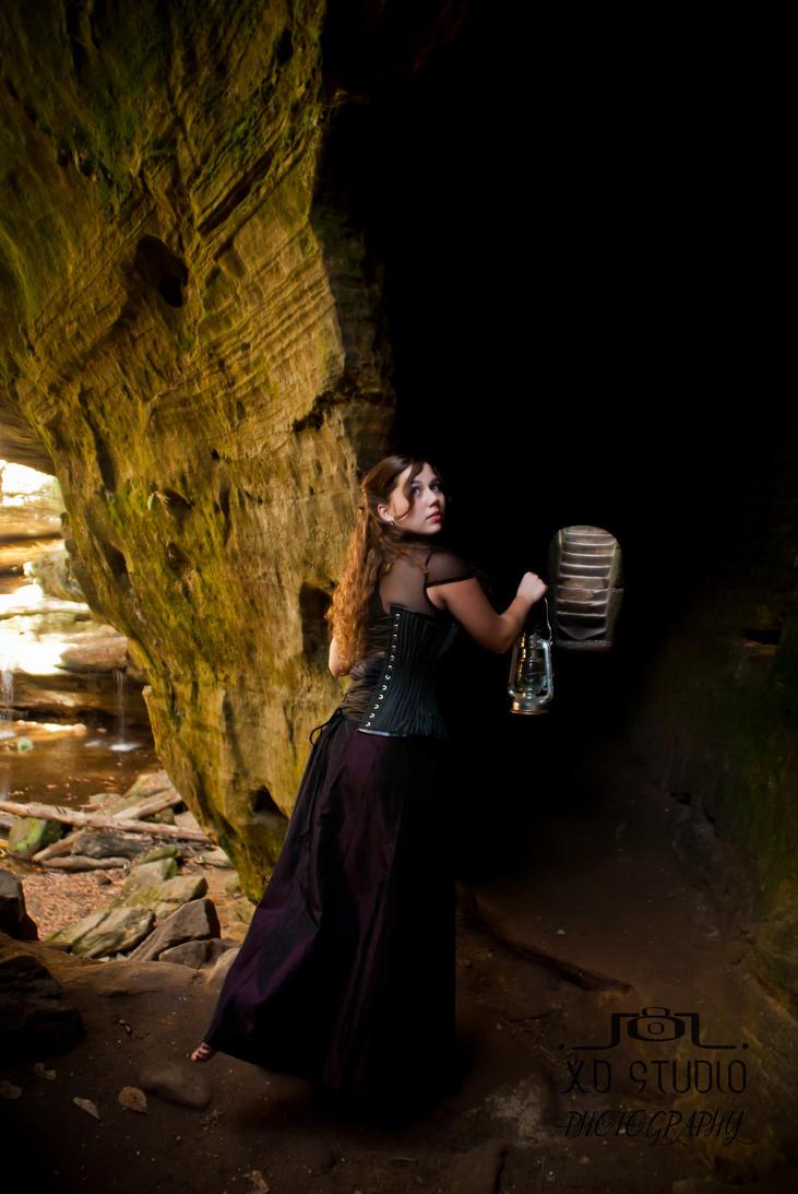 Dark Tunnel by Xiomara05