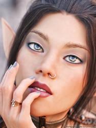 Portrait Elf Nia by FantasyErotic