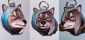 wolf pendant by hibbary
