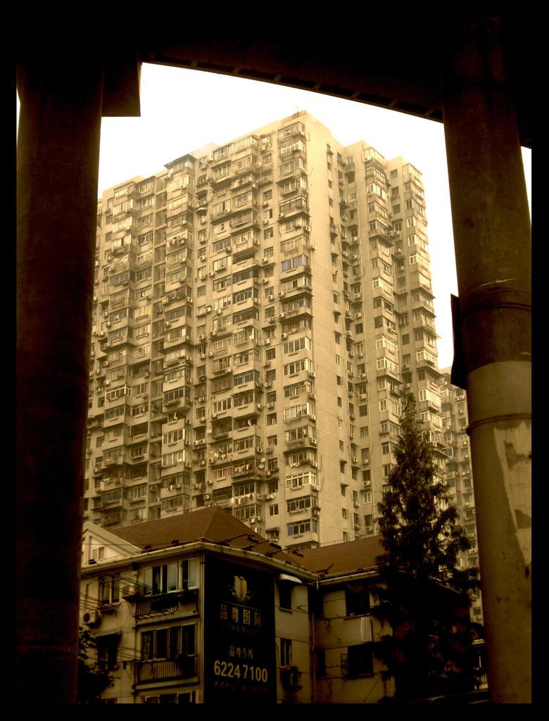 Flats, Shanghai by ShanghaiBoo