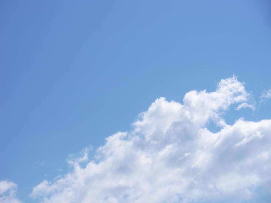 Gotland's sky by cleverlittleunicorn