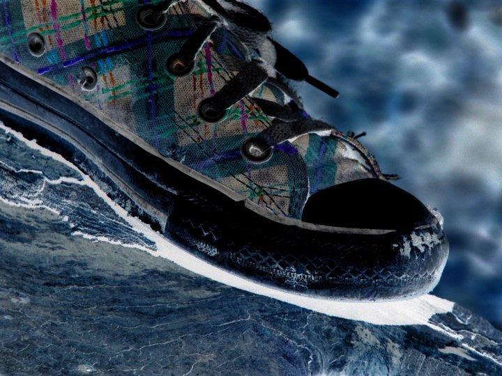 Invert Shoe by Nova-moon