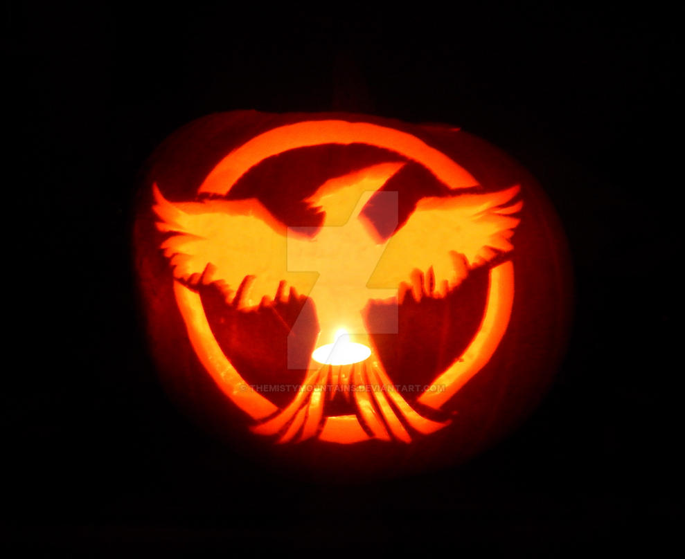 Pumpkin Carving 2014 - Mockingjay (Hunger Games) by themistymountains