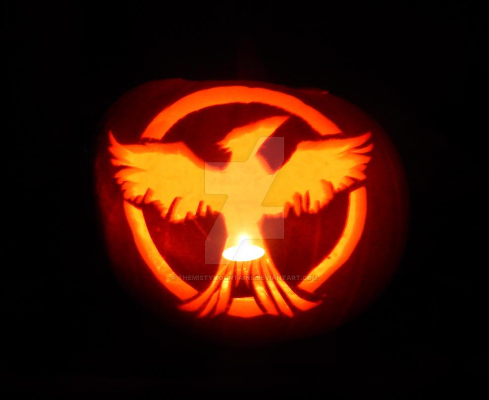 Pumpkin carving mockingjay hunger games by