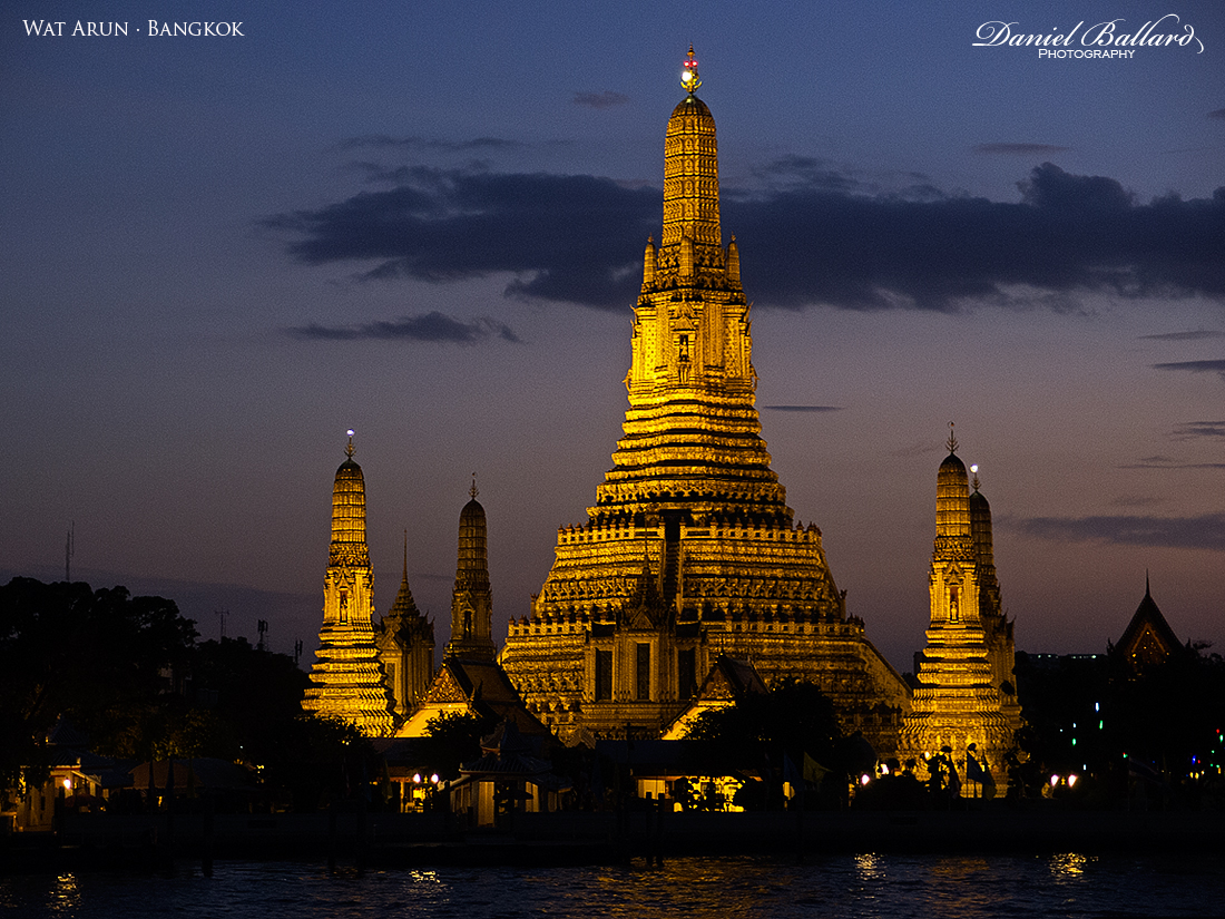 Temple of Dawn - Wat Arun in Bangkok by zenyz-zanshin on ...